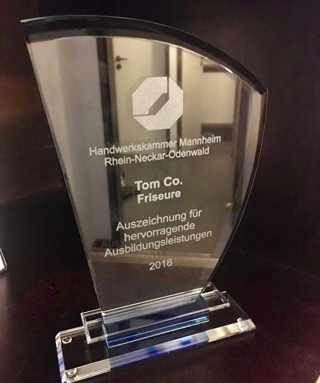 Auszeichnung der Handwerkskammer Mannheim Rhein-Neckar-Odenwald für hervorragende Ausbildungsleistungen 2018